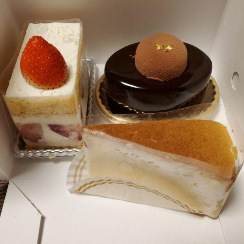 ケーキ3種*パティスリー・ドゥ・シェフ・フジウ
