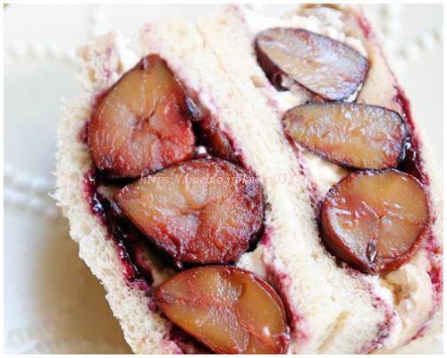 ナンスカパンスカ 驚きの新作 まさにモンブランなサンドイッチ!